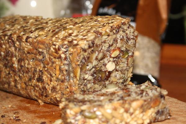 Stenalderbrød – frø brød