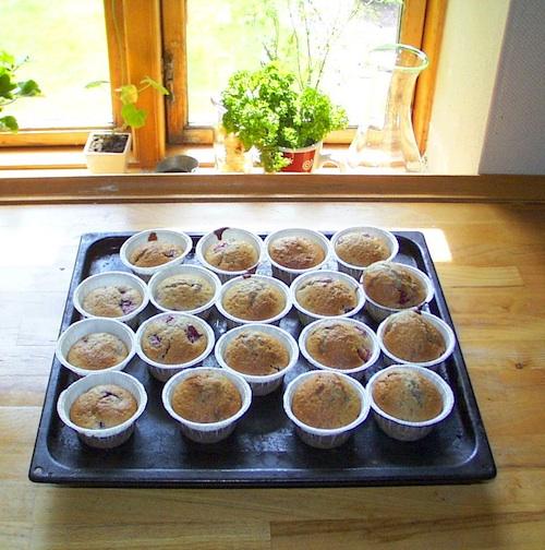 Muffins med hindbær (ca. 25 stk.)