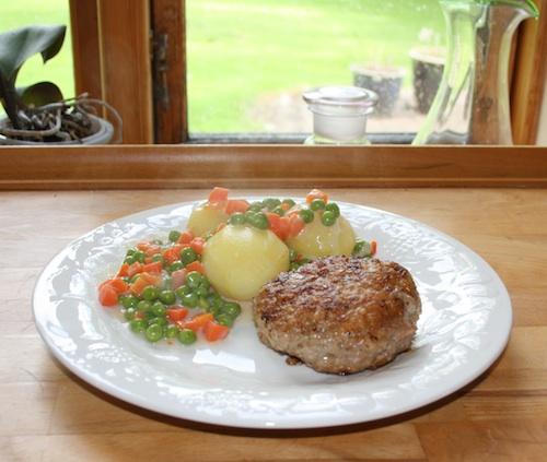 Karbonader med stuvede grøntsager, til 5 personer