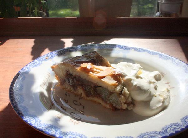 Æble/pære tærte med kanel